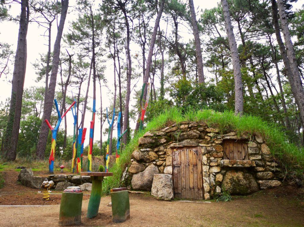 aldea grobit isla de la toja